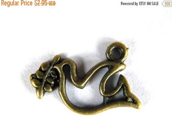 SALE 10 Bronze Dove of Peace Charms