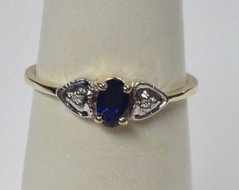 Natural Sapphire with Natural Diamond Ring Solid 10kt Yellow Gold