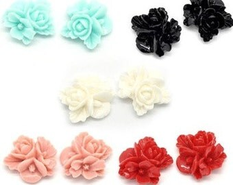 10 - Resin Flower Cabochons