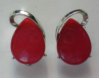 Red Lucite Clip Earrings - 4088