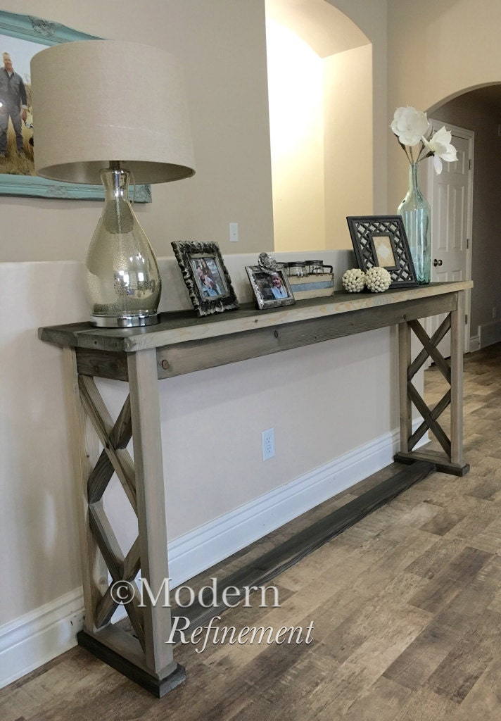 Foyer Table Rooms To Go : Rustic farmhouse entryway table