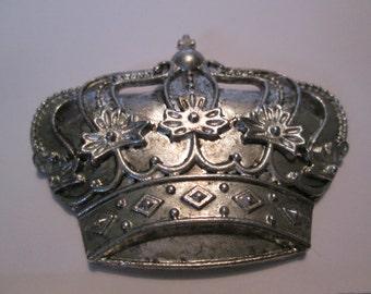 Silvertone or bronze Crown Metal Decor