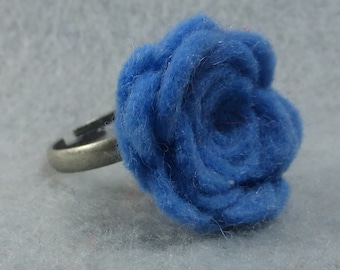 Blue Flower Ring - Blue Rose Ring -Felt Flower - Felt Ring - Adjustable Ring -Artificial Flower -Fake Flower -Flower Jewelry -Felt Jewelry