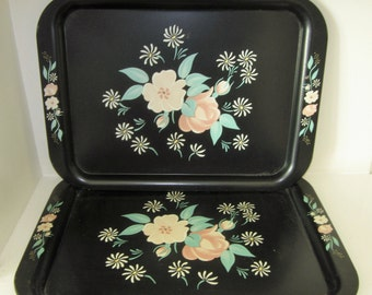 Set of 2 Shabby Chic Vintage Metal TV/Lunch Lap TRAYS - Black/Green/Peach/Yellow/White Floral Pattern