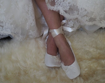 Custom Lace Ballet Style Wedding Slippers, Lace Bridal Ballet Flat Shoes