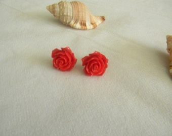 Vintage style plastic rose  cabochon  Earrings