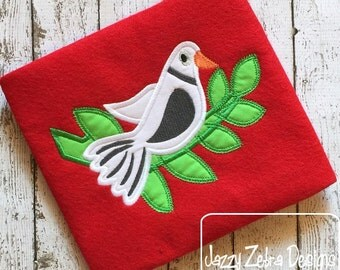 2nd Day of Christmas Two Turtle Doves Appliqué Design