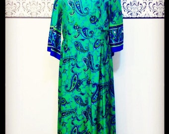 1970's Green Paisley Maxi Mod Dress w/ Angel Sleeves, Size Large 12 / 14, Vintage Boho Maxi Dress in Green and Blue, 70's Hipster Dress