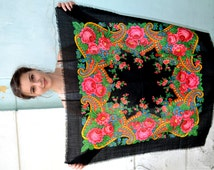 SALE 20%!!!! Vintage Ukrainian shawl, Russian Scarf ,russian shawl, floral scarf, head scarf, beautiful Shawl, black shawl, Babushka Russian