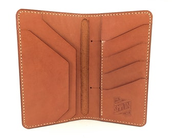The Traveler's Tall Wallet