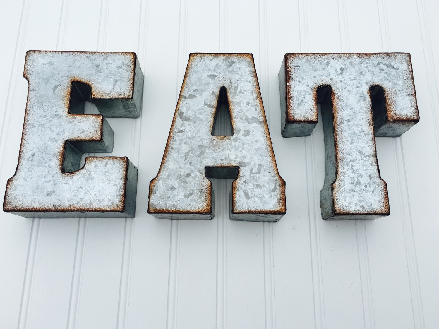 Eat or yum metal letters yum sign eat sign kitchen decor for Kitchen letters decoration