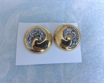 Large Disc Clip-on Earrings with Filigree Centres
