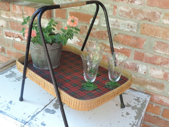 Vintage Outdoor Wicker Serving Tray Mid Century Patio Caddy Tray Rattan  Party Tray Wicker Pic   Amazing World Of Handmade Gifts