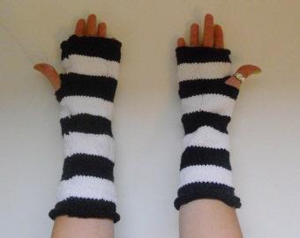 Bettlejuice Fingerless Gloves