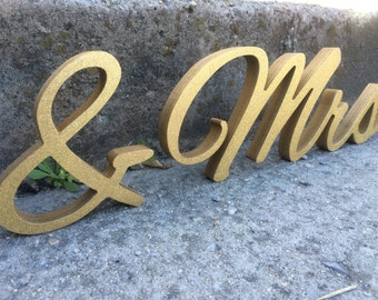 GOLD GLITTER wedding cut out mr and  mrs lettering. Modern and Glittered wedding top table decor Mr&Mrs cut out letters.