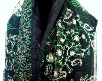 Vintage Indian Vintage Silk Gauze Sari Hand Embroidered with Bullion 5 Yards Great for Shawl Wrap  Emerald Green and Black