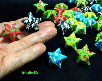 """70pcs Assorted Colors Hand-folded Big Size Lucky Stars. """"Welcome"""". (KZ Paper Series). #FOS-27."""