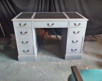 Shabby Chic/distressed desk--LQQK