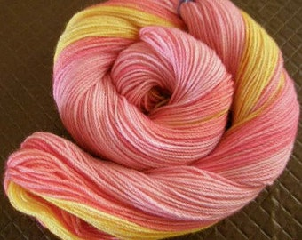 Hand dyed variegated gradient yarn 'Summer Jelly' 5 ply