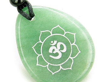 Magic OM and Lotus Sun Circle Amulet Green Quartz Lucky Pendant Necklace