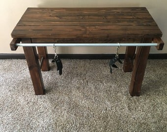Restraint table