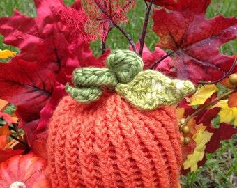 Infant knit pumpkin hat