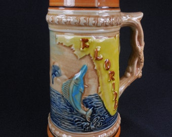 Ceramic Tankard 24 Ounce Vintage Florida Souvenir Flamingo Palm Tree Marlin Crocodile Made in Japan