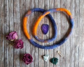 Felted wool necklace, ombre necklace, Winter accessory for women, Hippie wool dreadlock, ecofriendly little gift for friend, Boho style gift