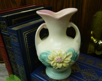 Vintage 1940's Hull Yellow Water Lily 2 Handle Vase