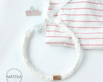 White necklace, Minimal necklace with copper, Bib statement white necklace, Bib crochet necklace