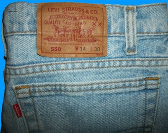 Levis 550 Relaxed 34 W x 30 L  Made in USA    Vintage