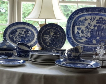 Globe Pottery Company Blue Willow Transferware Plate. Made in England.