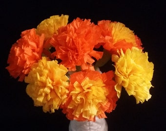 24 Marigolds Crepe Paper Flowers, Day of the Dead, Dia de Los Muertos, Mexican Flowers, Orange, Yellow, Wedding, Baby Shower, Paper Flowers