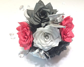 Dragon Bouquet available in 3 sizes, Fantasy paper rose bouquets, Wedding bouquet, Dungeons and Dragon themed bouquet