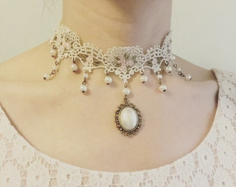 Sweetheart Victorian Pink Roses Ivory Lace Choker with Pearls, wedding choker, woodland