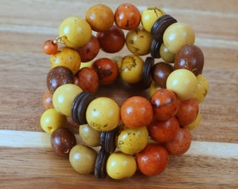 Memory Wire Bracelet, Paxiuba Seeds,  Brazilian Nut seeds, Fall Bracelet, Eco Friendly Handmade, Tagua Jewelry, Organic Bracelet
