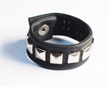 Pyramid Studded Inner Tube Wrist Cuff / Inner Tube Bracelet / Inner tube jewellery / Biker Bracelet / Bike Outerwear / Goth / Kinky / Fixie