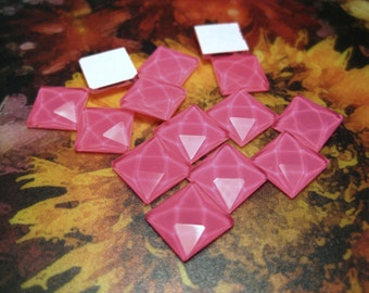40pcs Hot Pink Faceted Square Glass Cabochon Beads Jelly Rhinestone Flatback Cabochons (No.1)