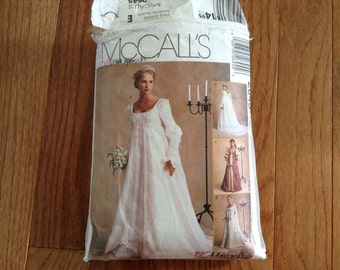 McCall'sWedding Dress pattern  Size 20-22-24