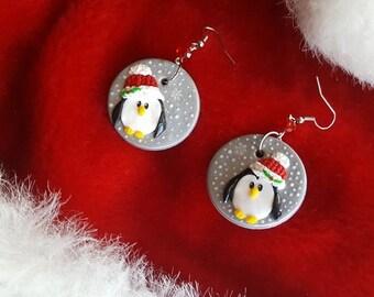 Polymer clay Cristmas penguins earrings!