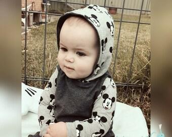 Baby boy/girl hooded Romper. Longsleeve/short sleeve Romper with Hood