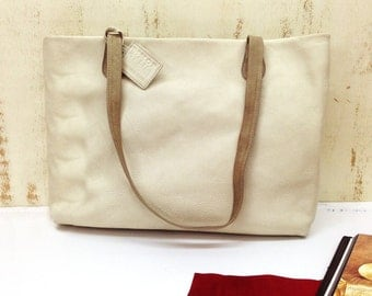Sale!! Beige leather bag Stone mountain Leather Shoulder bag Distressed Off-white purse Summer leather bag Summer tote bag All ceazons BAG