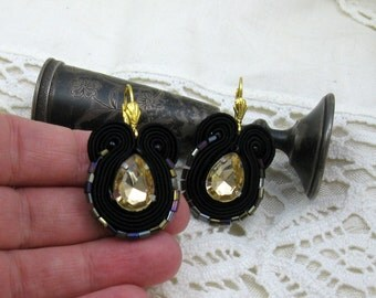 Small black earrings, elegant earrings,  black gold earrings, earrings braid