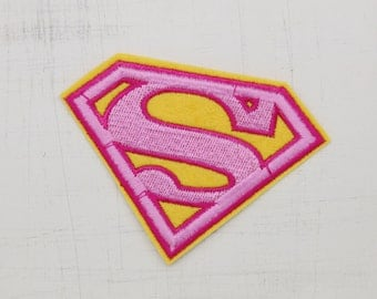 8.8 x 6.3cm, Pink Superman Logo Iron On Patch (P-283)