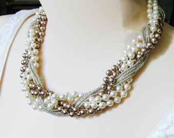 Chunky pearl necklace Braided statement necklace Bridal pearl jewelry Chunky pearl jewelry Big pearl necklace Elegant wedding necklace Gift