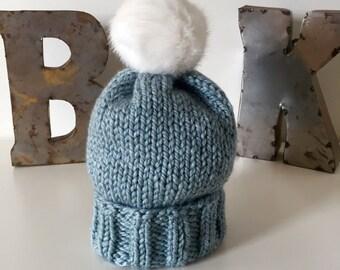 Stone Wooly Hat w. Faux Fur POM POM