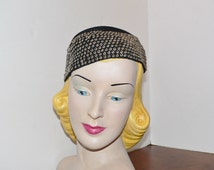 1930s Crocheted hat with Gold Beads