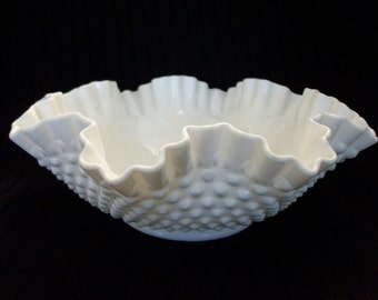 Fenton White Milk Glass Hobnail Bowl