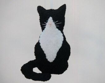 Tuxedo Cat Ornament Felt Ornament Black White Cat Kitten Ornament Felt Animal Ornament Handmade Kitty Cat Christmas Ornament Catlover Gift
