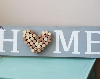 Cork and wood sign 'home'